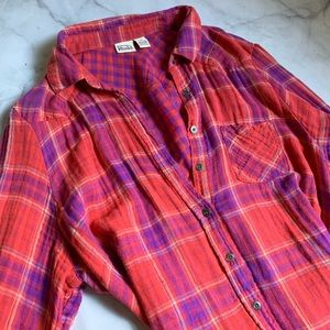 Women's Plaid Button-down Top